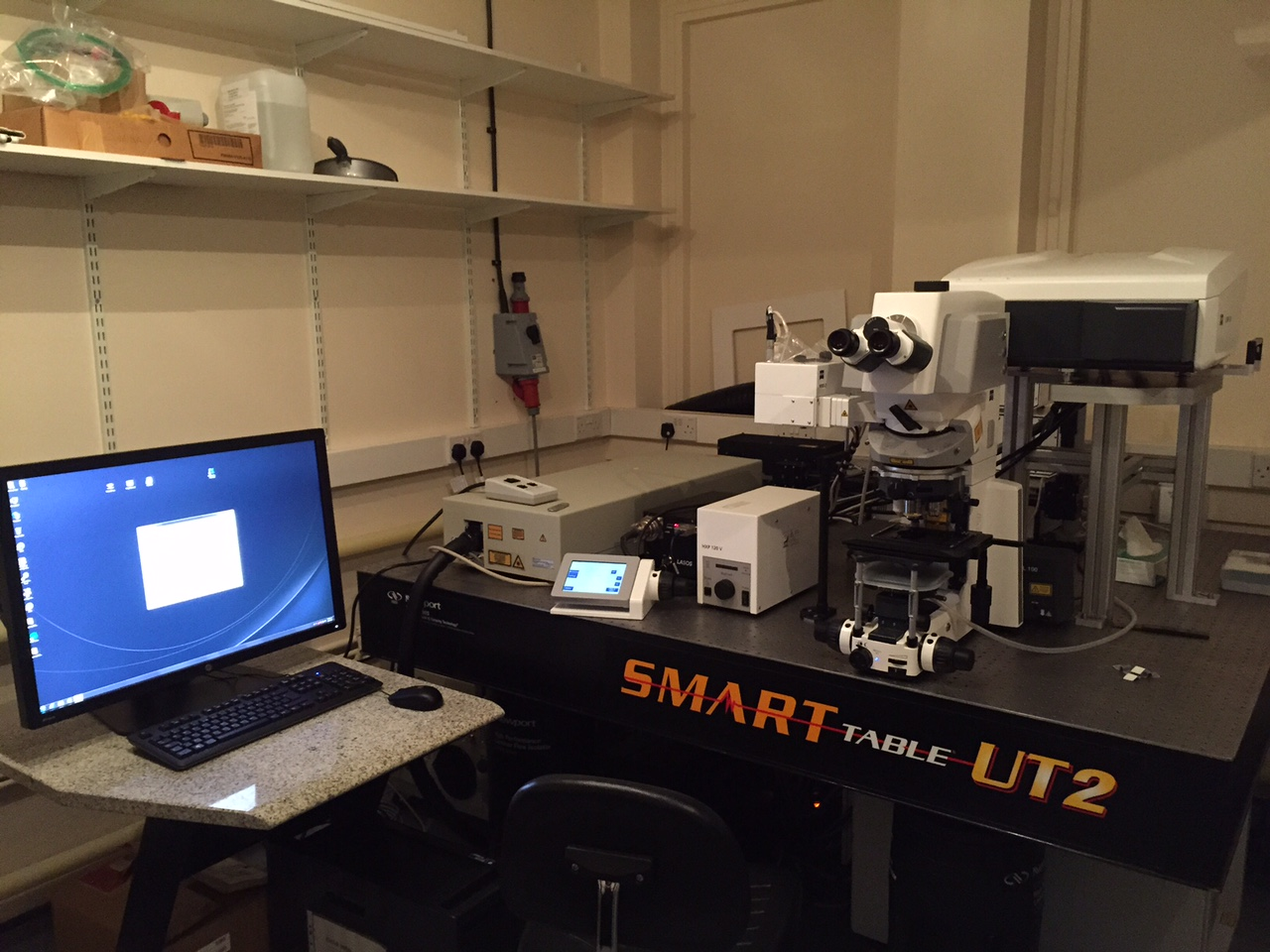 LSM880 Confocal & Multiphoton microscope