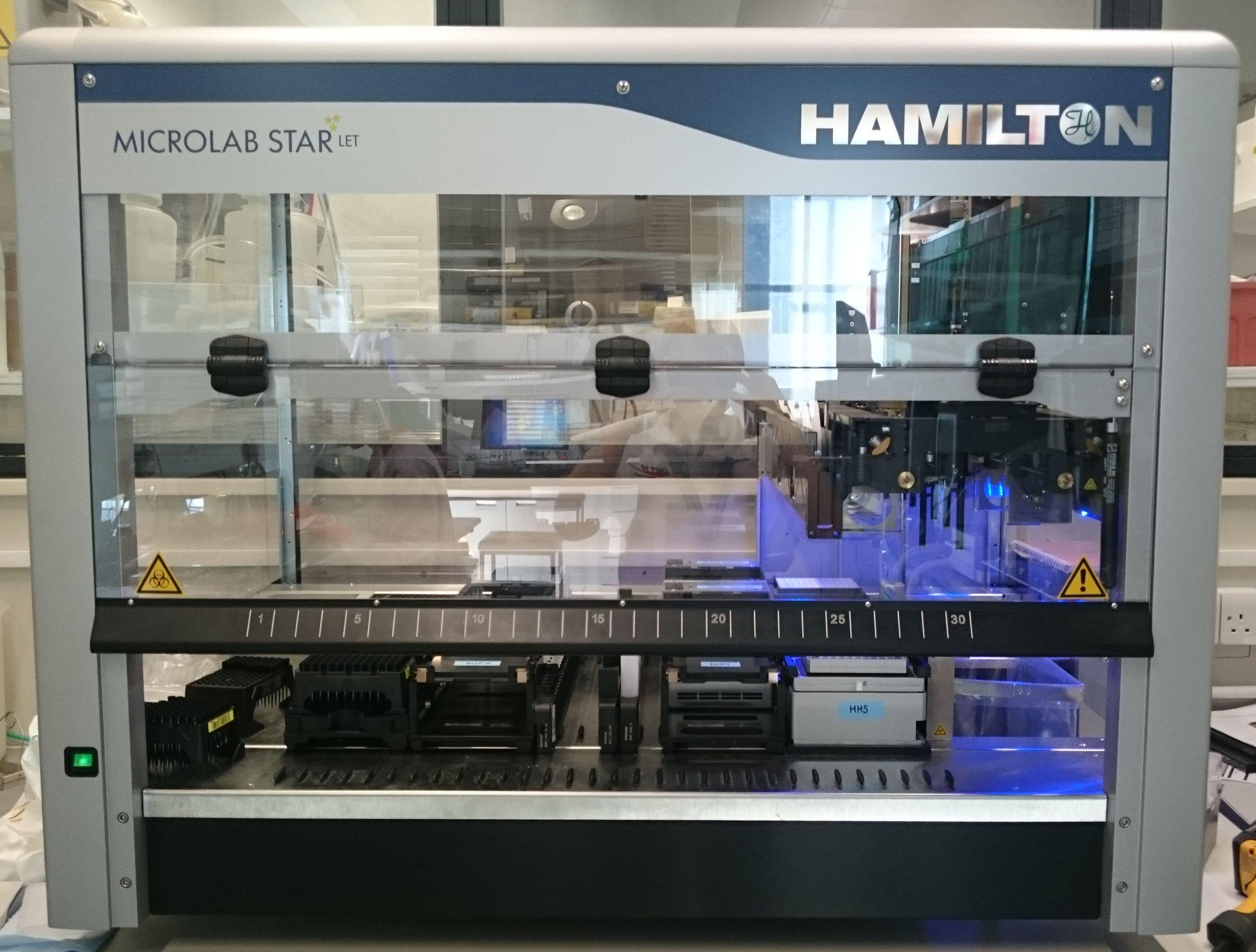 Hamilton STARlet liquid handling robot