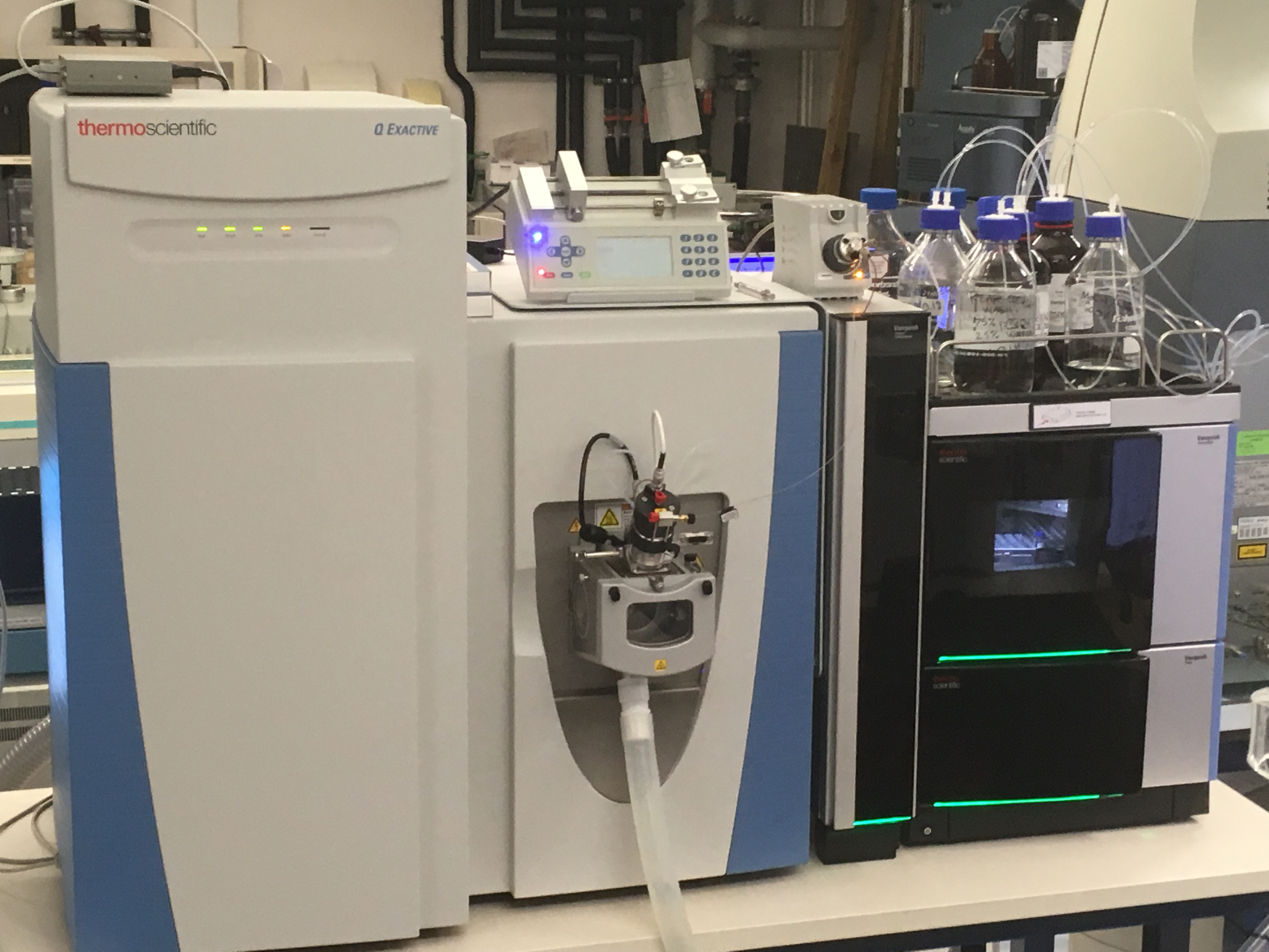 Q-Exactive Orbitrap Mass Spectrometer with Vanquish Flex UPLC