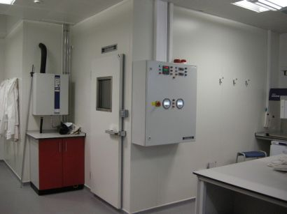 Environmental walk-in chamber